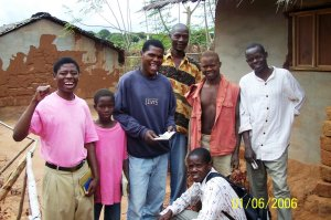 Mozambique Christians sharing the Gospel with their neighbors