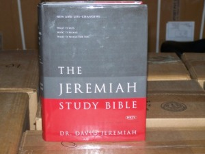 jeremiah-study-bibles-pictures-008